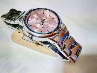 ミニプレートで腕時計の浄化