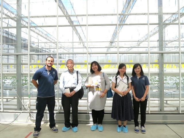浅井農園のハイダーさん、呉さんと /与浅井农园的海德先生和吴女士的合照