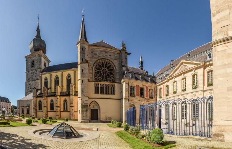 Eglise Abbatiale Saint Pierre