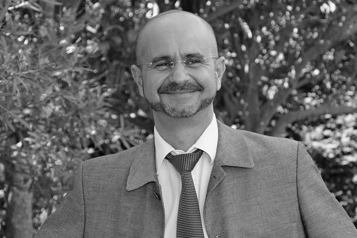 vague(s) magazine pureplayer, intuitif et évolutif : entretien avec Jean-Philippe Martinez hypnothérapeute