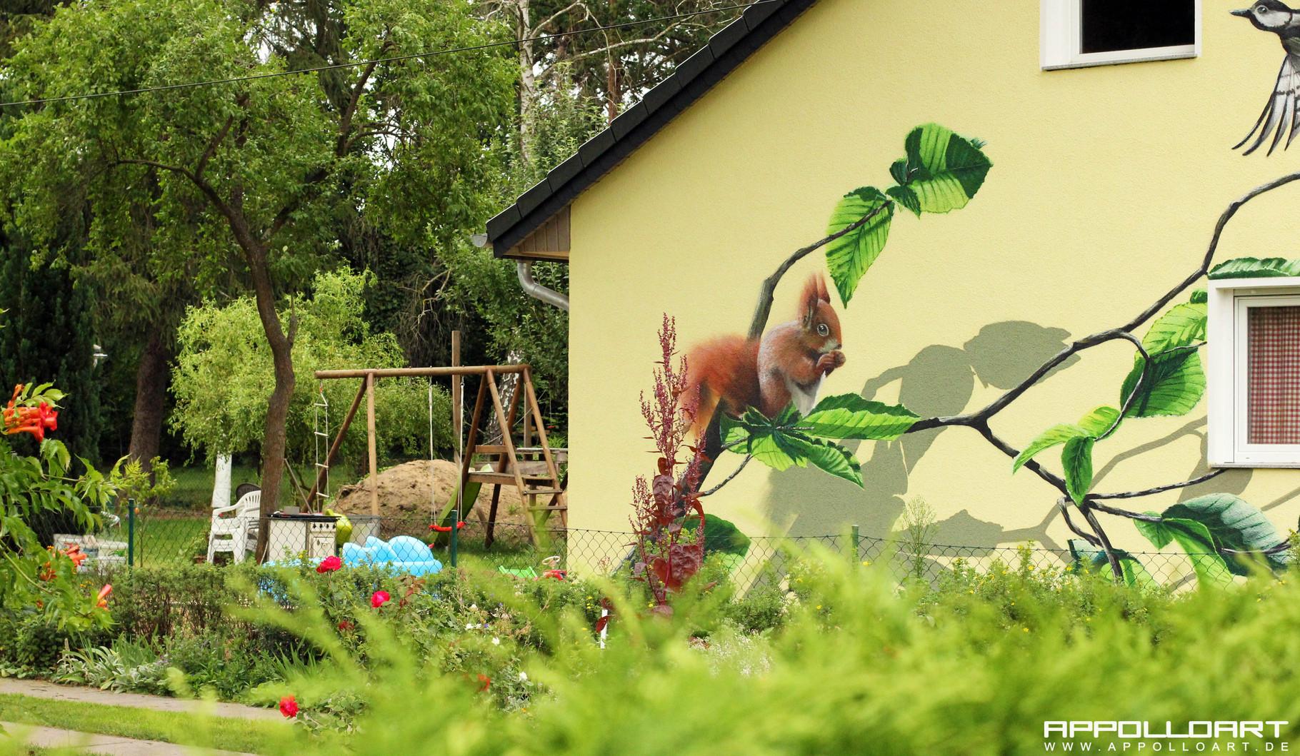 malerei auf privater fassade in berlin graffiti k nstler und auftrag. Black Bedroom Furniture Sets. Home Design Ideas