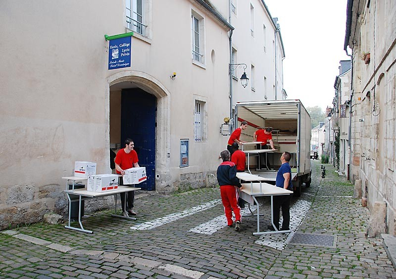 IES Sainte-Marie | Le démenagement, rue Emile Deschamps (20 ocotbre 2014)