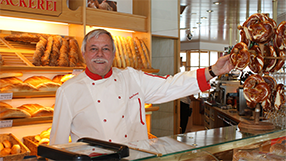 Bäckermeister Lukas Imseng, Hotel garni Imseng Saans-Fee