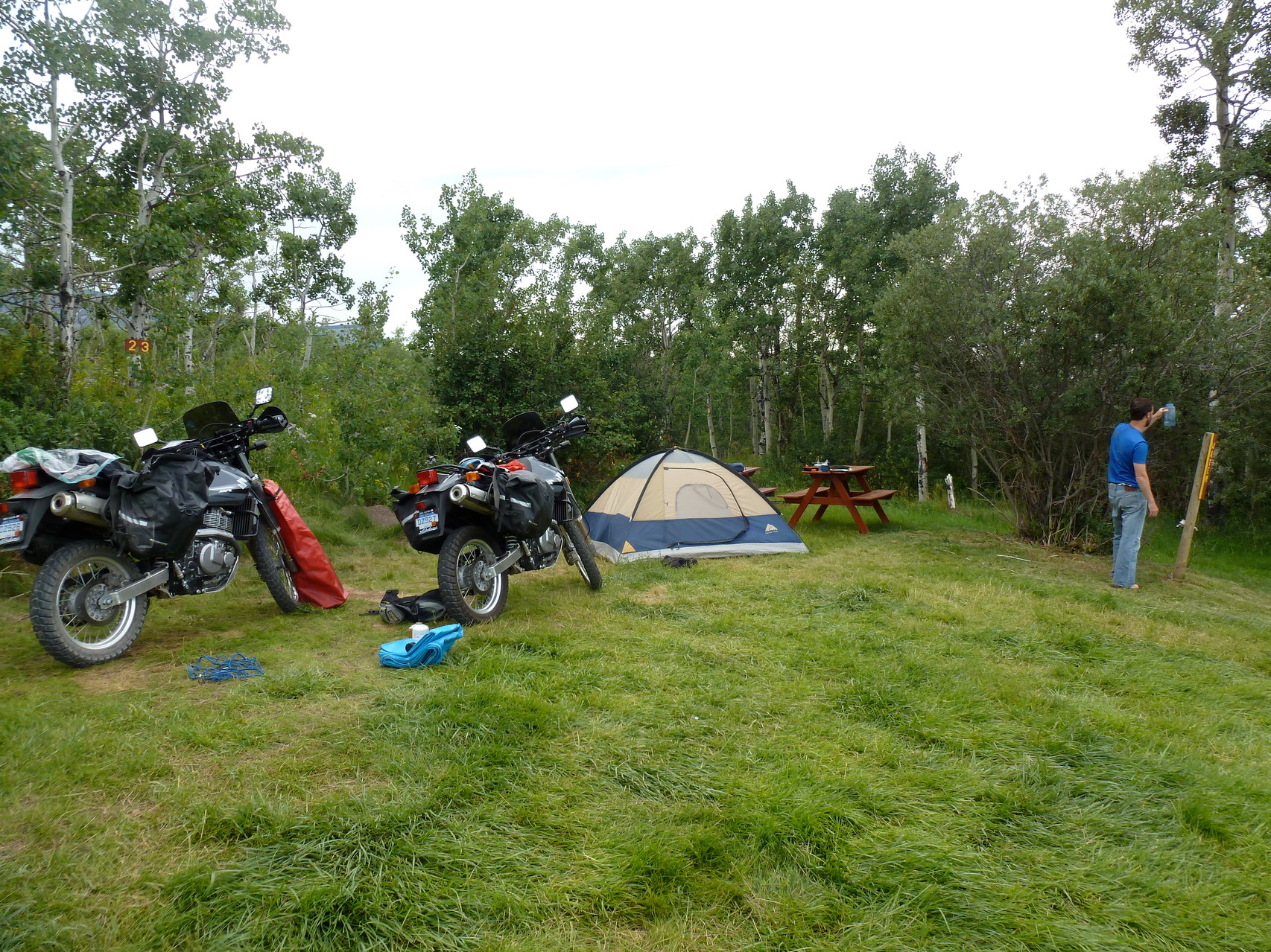 Set up camp in St.Mary- east Glacier