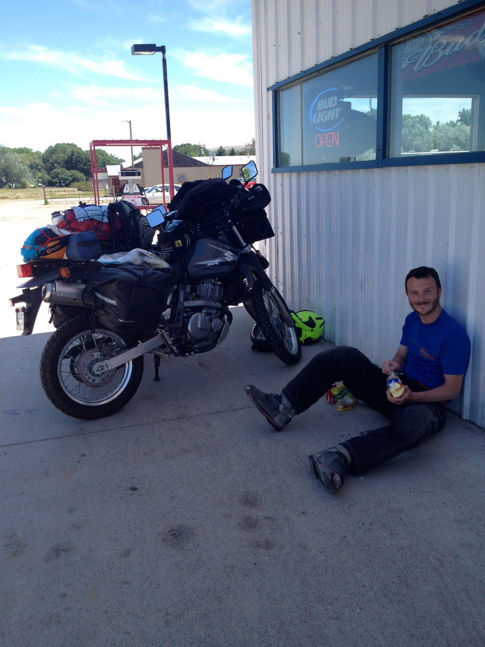 Typical lunch spot outside a gas station