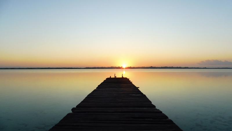 THE sunrise - Bacalar - The lake of the seven colours