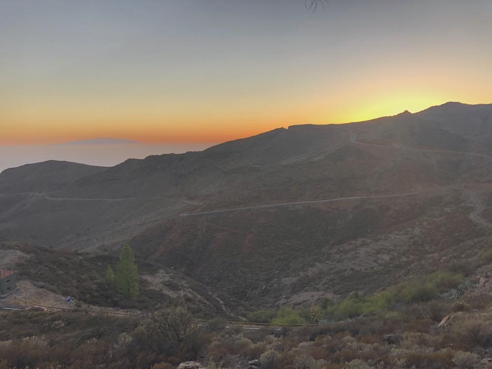 Sunset & lovely streets on La Gomera