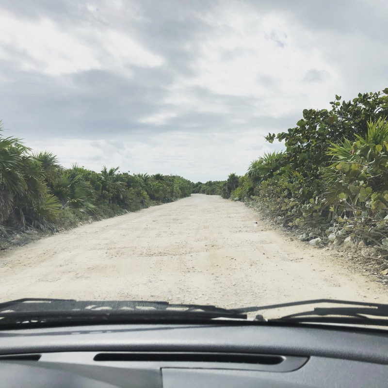 On the bumpy road in the search for a deserted beach in the biosphere reserve Sian Ka'an
