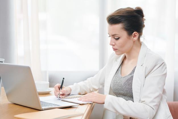 6 consejos básicos para redactar tu TFM de forma fácil. TFM, redactar TFM, hacer TFM.