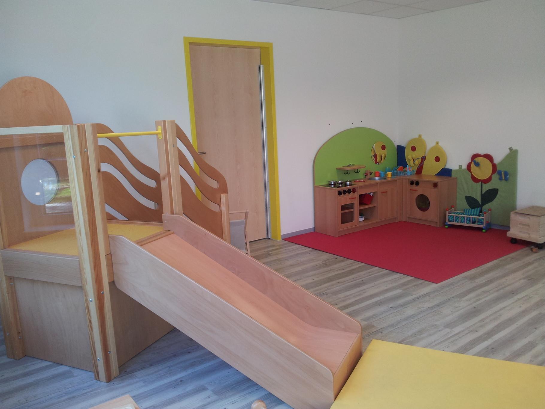 kita ausstattung f r u3 und 3 au enger te und mobiliar. Black Bedroom Furniture Sets. Home Design Ideas