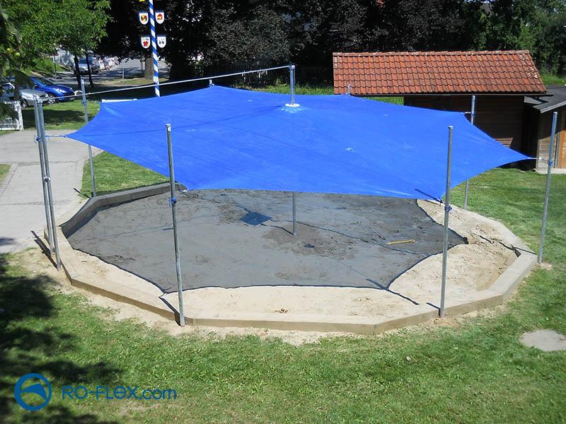 Sonnensegel als Sandkastenschutz (Ro-Flex)
