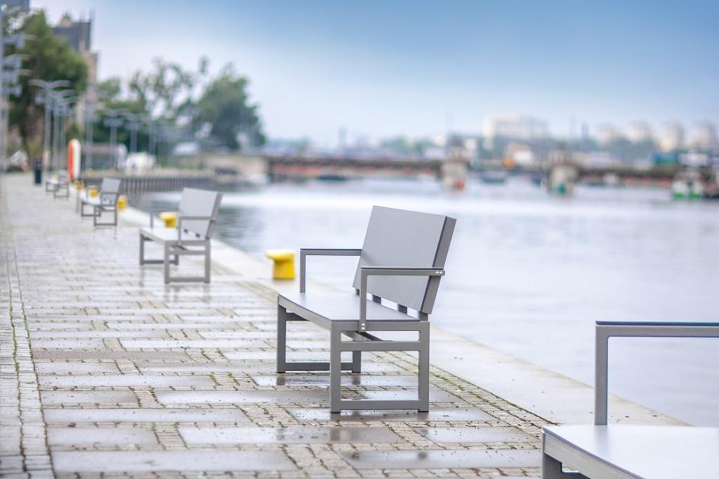 Modern, schlicht, bequem: Kyoto-Sofa aus HPL