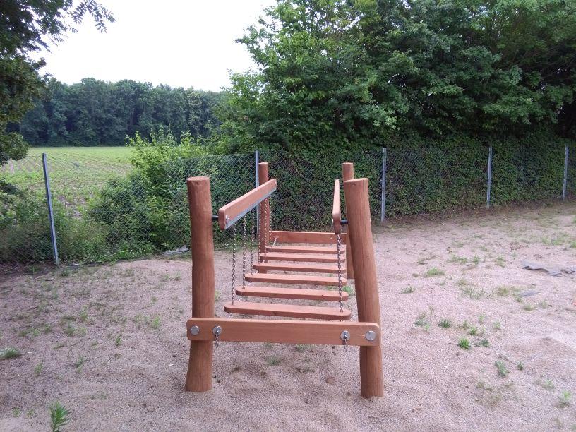 Balancebrücke aus Robinie