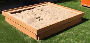 Sandkasten aus Lärchenholz