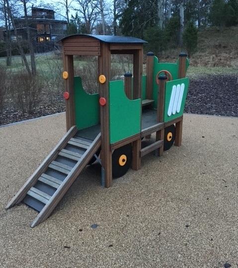 Spielhaus Traktor für Nachwuchsbauern