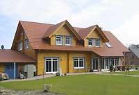 Wohnblockhaus - Energieeffizientes Holzhaus in perfekter Harmonie mit vielen Extras - Heizung mit Wärmepumpe
