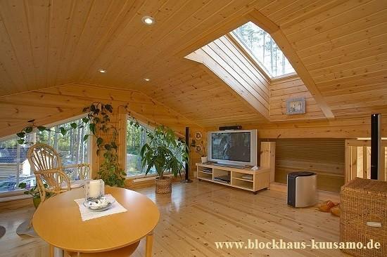 Dachbodentreppe einbauen: Was muss ich beachten?