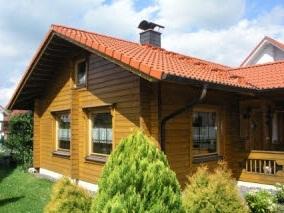 bungalow blockhaus f r kleine familie blockh user aus finnland. Black Bedroom Furniture Sets. Home Design Ideas