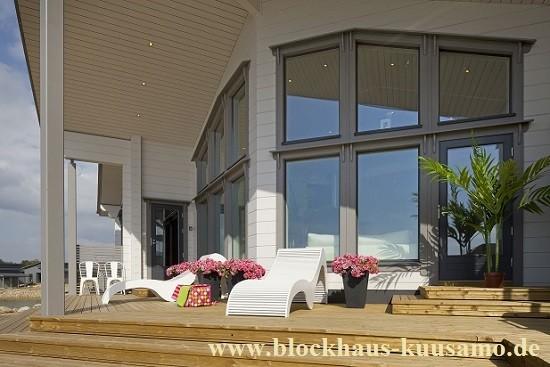 Blockhaus mit Sonnenterrasse - Blockhausbau - Fulda - Offenbach - Frankfurt -Kassel - Rüsselsheim
