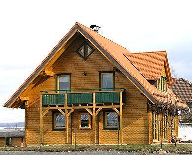 Musterhaus und Büro - Blockhaus mit Thermowand
