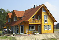 Wohnblockhaus - Holzhaus in Blockbauweise