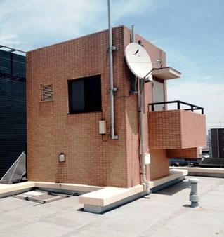 屋上塔屋外壁タイル・目地施工前
