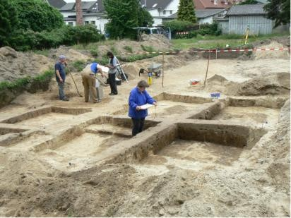 Ausgrabungen in der Ortsmitte 2007 Grubenhäüser