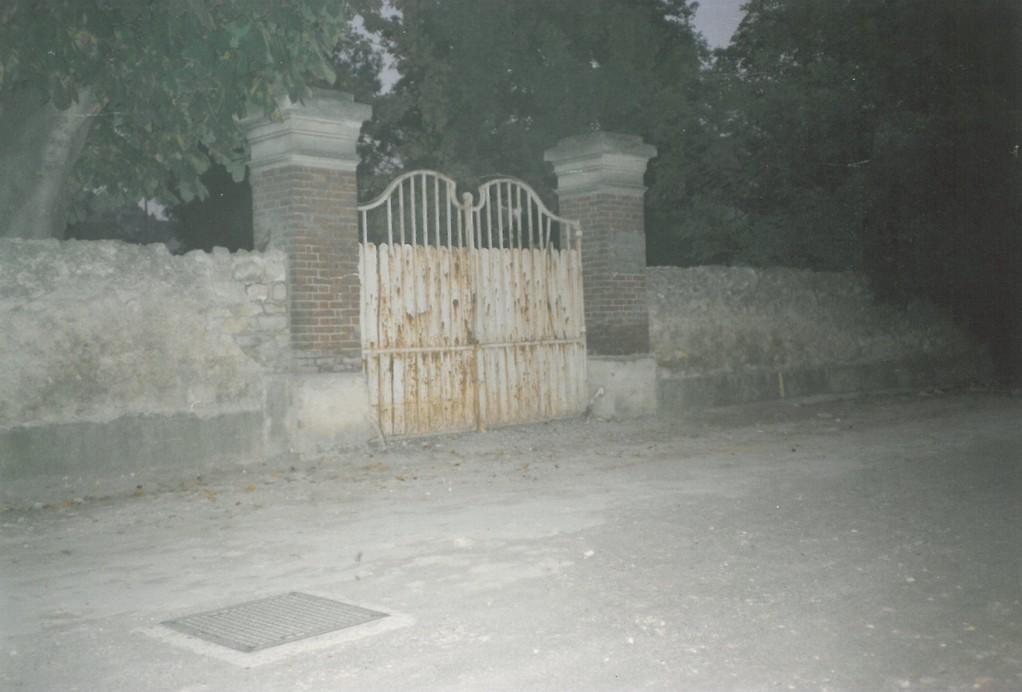 Ecole Notre Dame portail côté Seine avant construction sept 1988