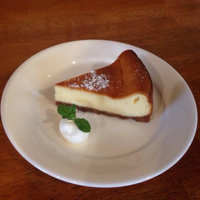 濃厚でしっとりとした味わいのベークトケーキ!