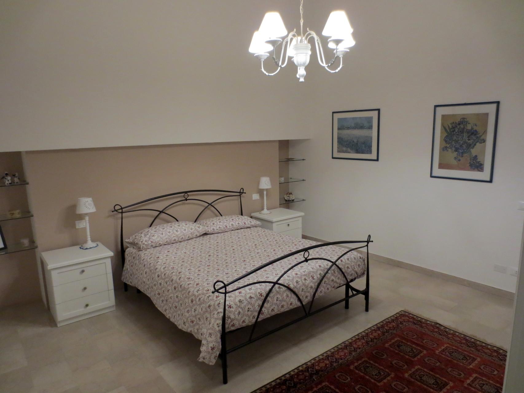 camera matrimoniale bedroom benvenuti su antica residenza adua verona. Black Bedroom Furniture Sets. Home Design Ideas