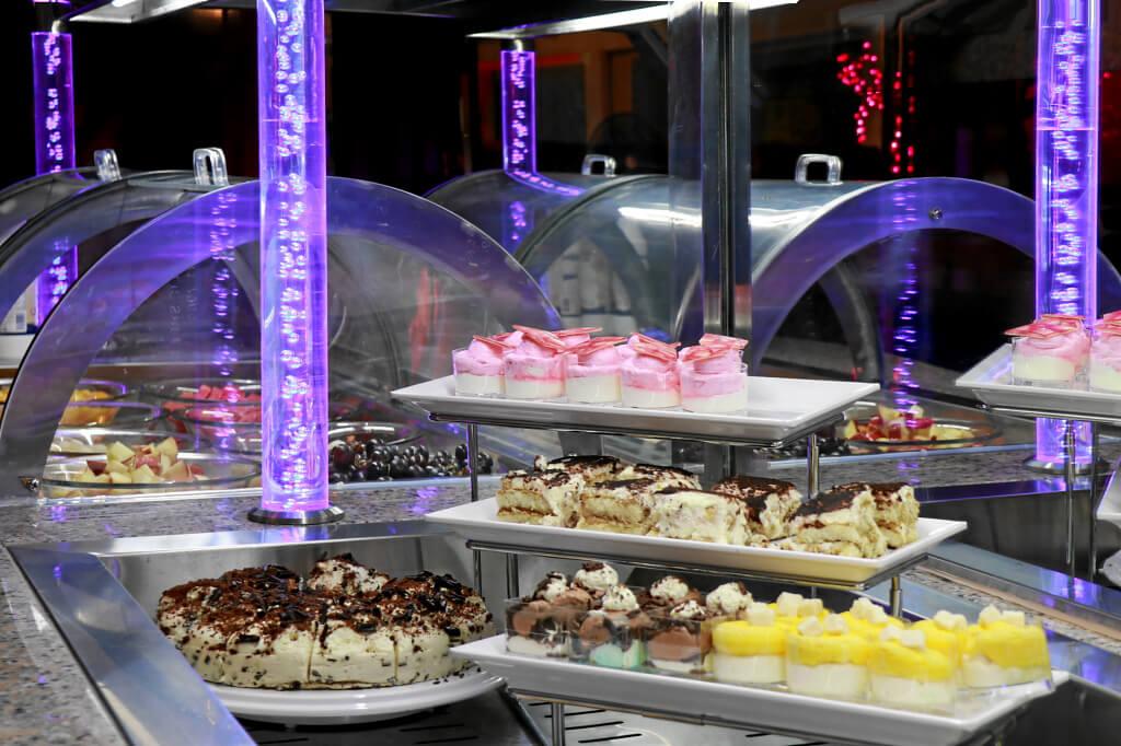 Kuchen und feine Desserts