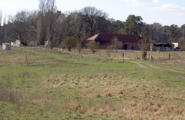 Margaretenhof - sehr einsamer Ort, bestehend aus wenigen, teils gammeligen Häusern.