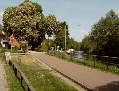Radweg Berlin-Usedom in Eichhorst (am Werbellinkanal)