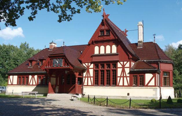 Der Kaiserbahnhof am Ortsrand von Joachimsthal. - Von außen und innen absolut sehenswert (sehr informative Ausstellung!)