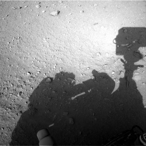Navcam: Left A 2012-09-26 13:59:04 UTC (Image Credits: NASA/JPL-Caltech)
