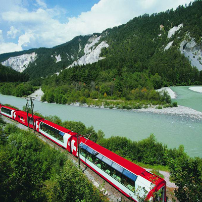 Glacier Express at the Rhine gorge