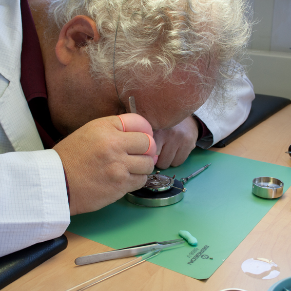 Hands-On-Experience - become a watchmaker