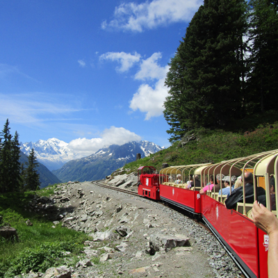 Vertic Alp - Panoramic Train