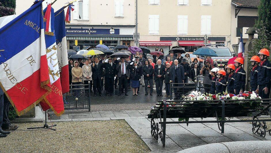 Cérémonie à Saint-Girons