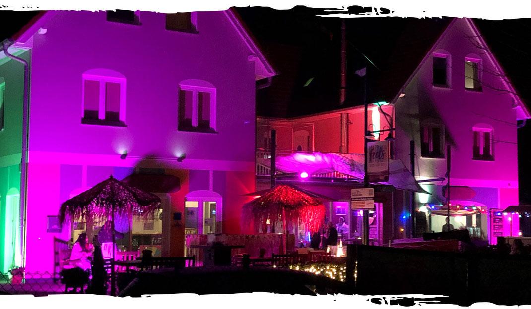 feels Beachclub Hotel – service