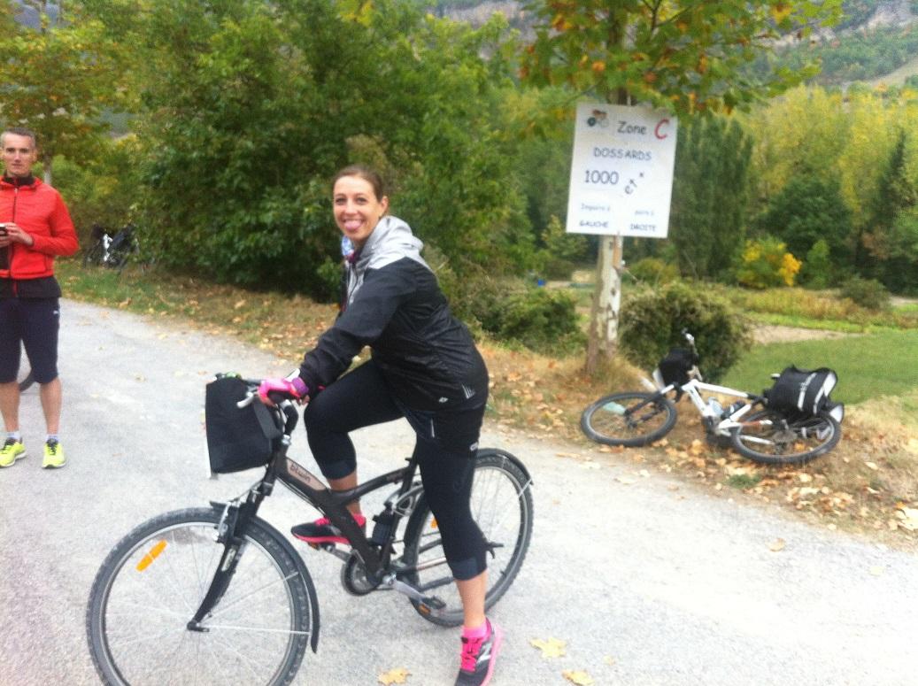 13-Yes, Mlle Tortue et son vélo sont là, au 7ème, go pour le duo..