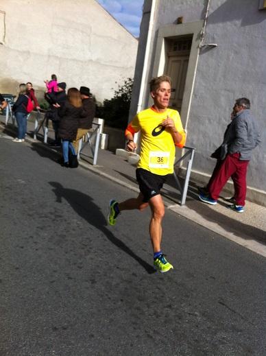 25-Stéphane à 200m de l'arrivée