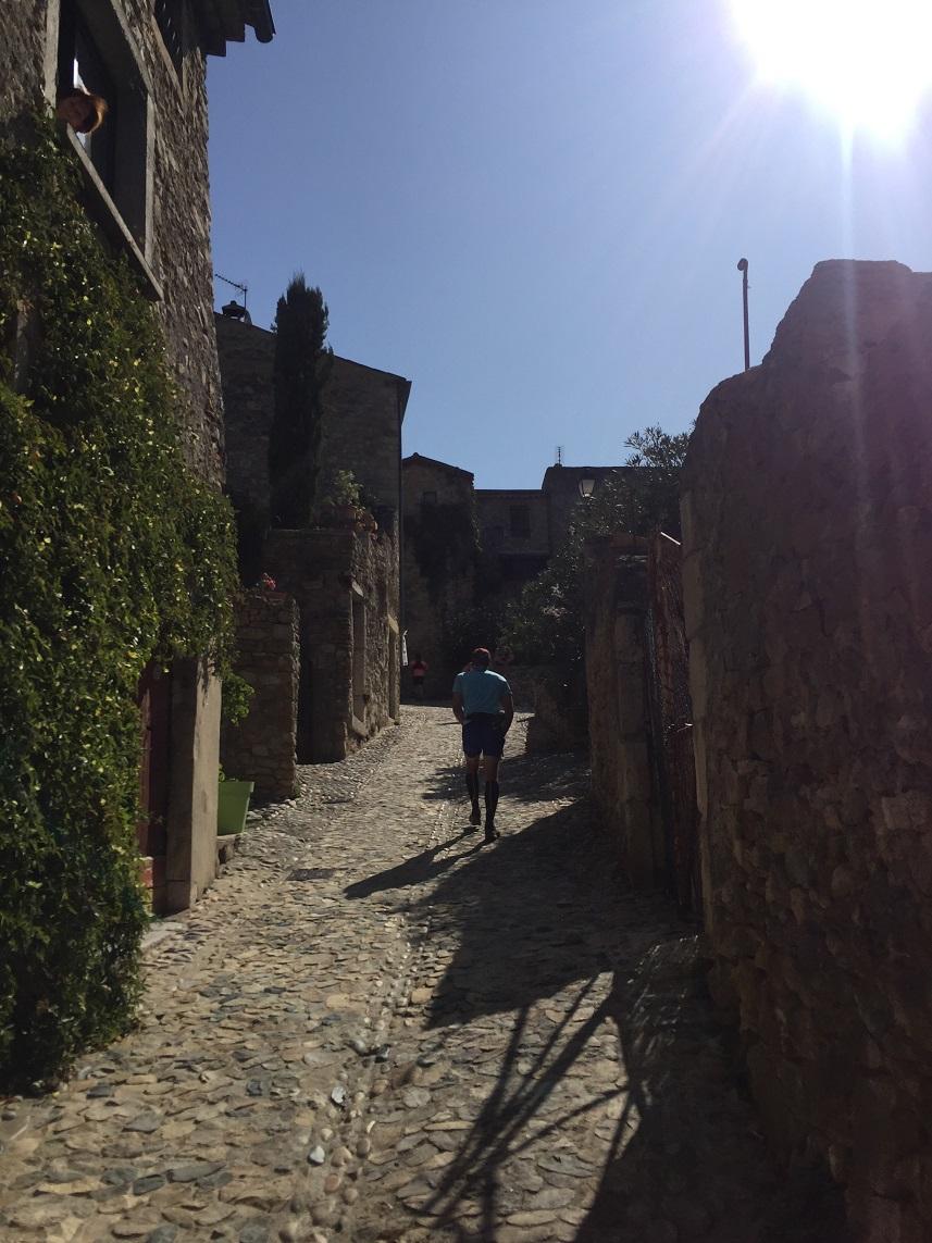 15-Grosse montée dans le village