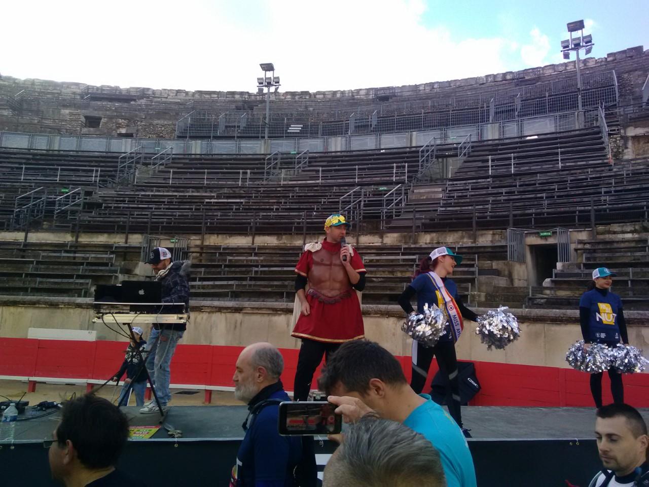 8-Un gladiateur met l'ambiance dans les arènes