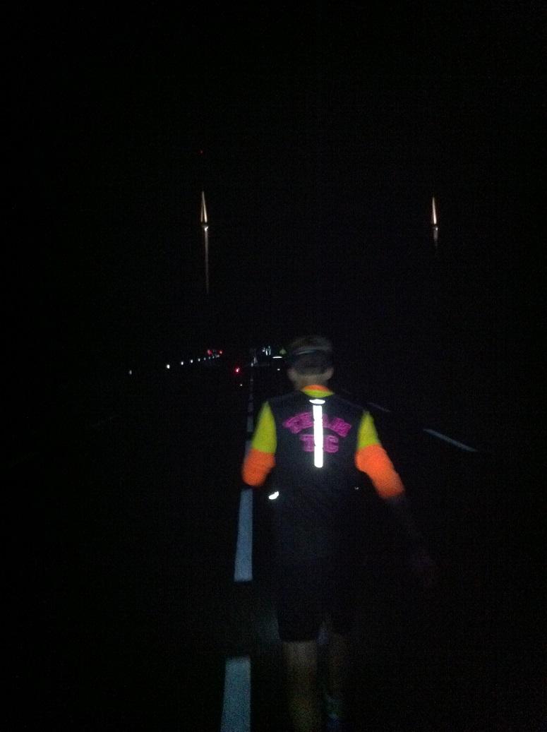 46- 90km, on repasse sous le viaduc, de nuit..