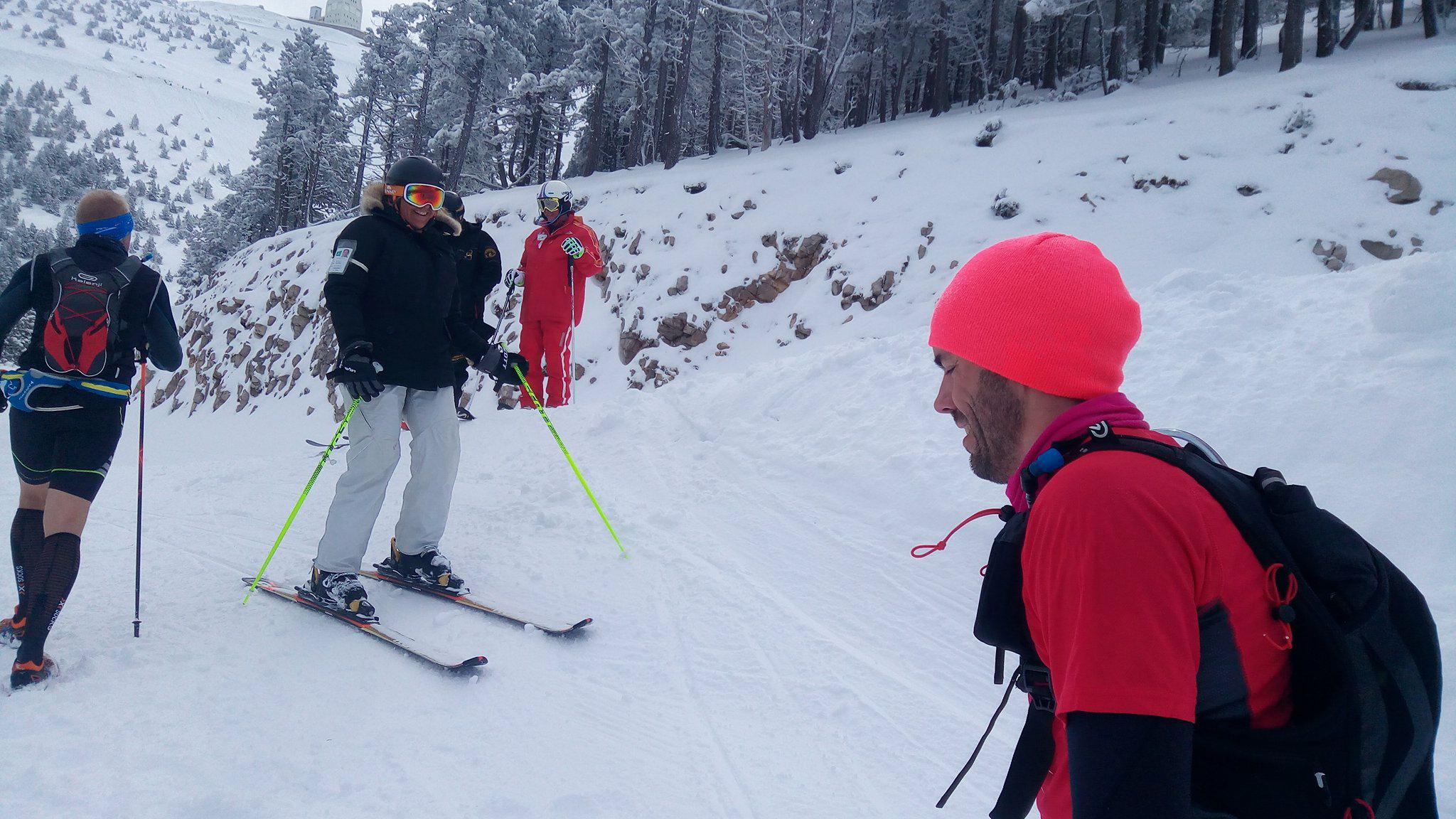 13-Hallucinant: on croise des ..skieurs!