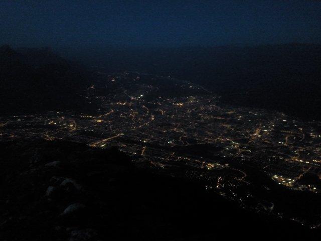 11-Belle vue sur Grenoble by night, du haut du Vercors (17août 21h14)