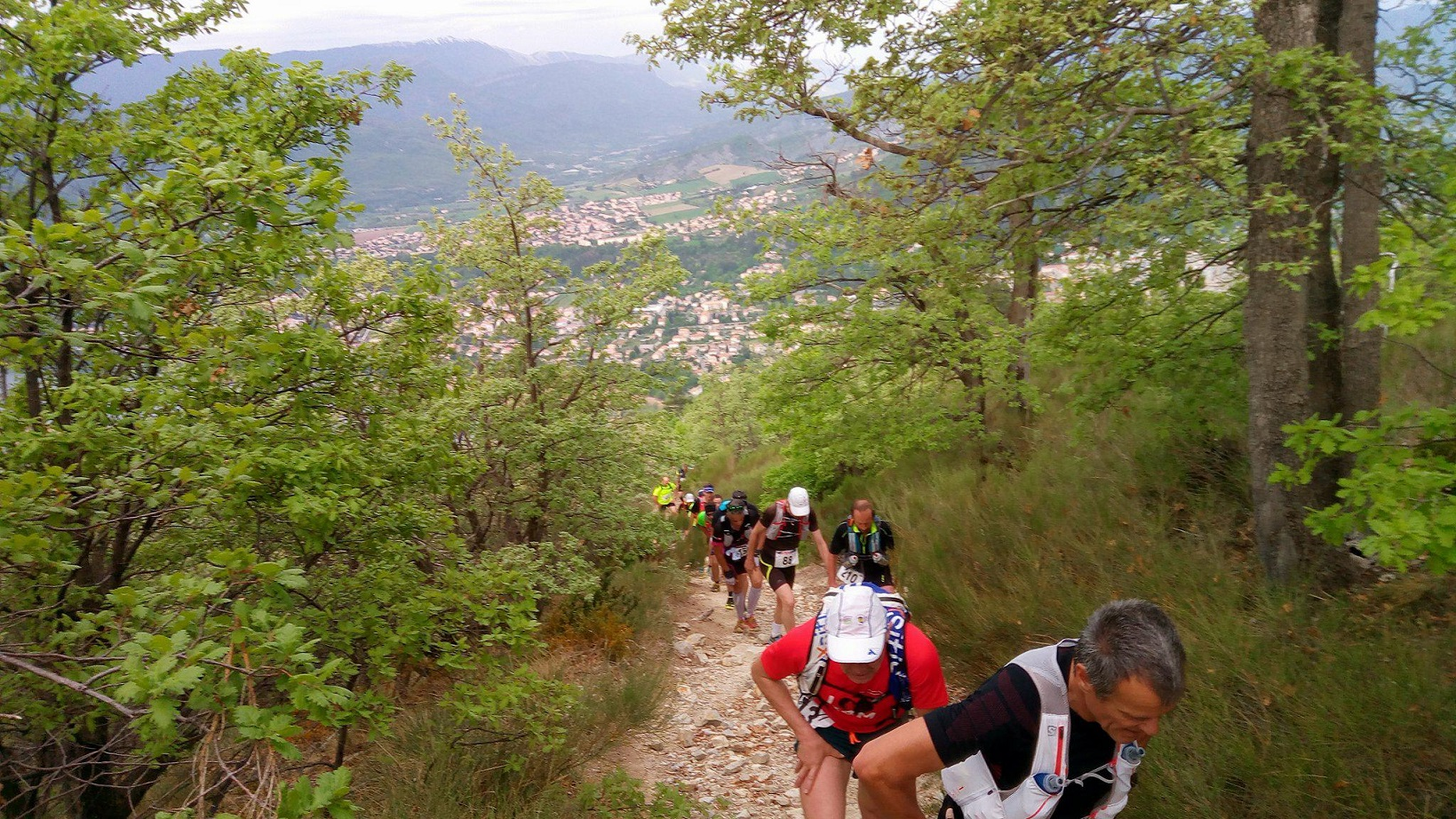 25-On s'éloigne petit à petit de Sisteron..