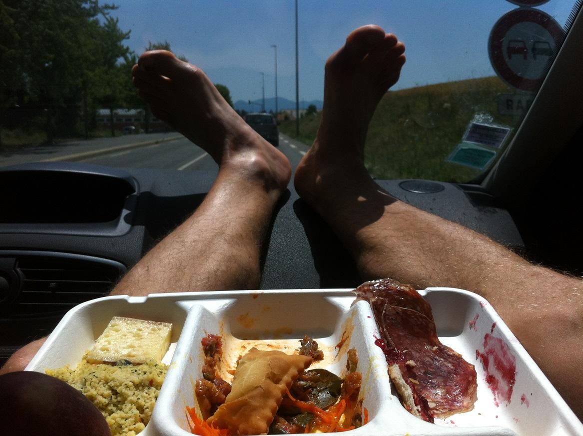 37-Un repas d'après-trail dégusté sur la route du retour..