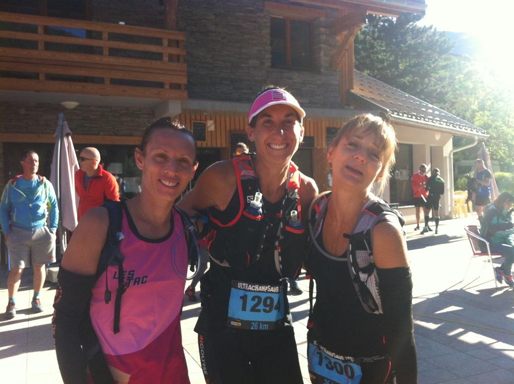 13-Pendant ce temps là, les Miss (Amélie, Stéphanie et Florence) se préparent pour le  26km